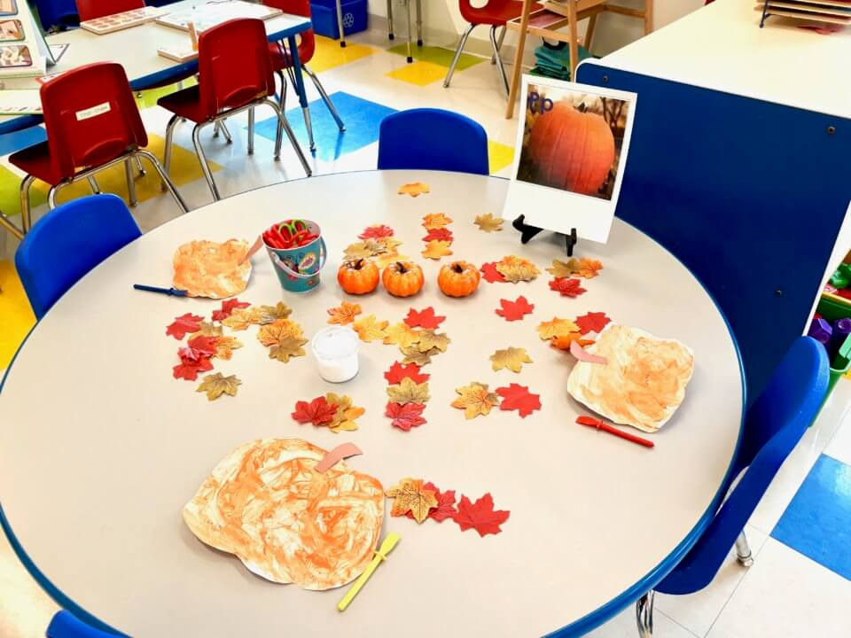 fall arts and crafts at brittania centre daycare centre