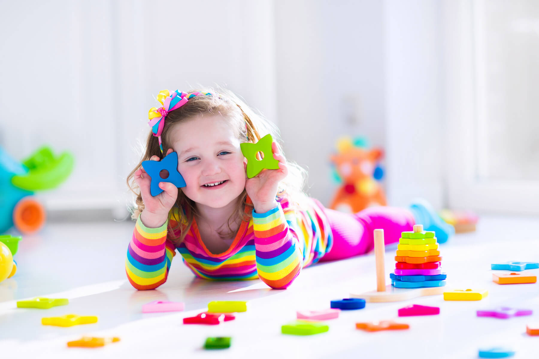 Toddler playing with shapes