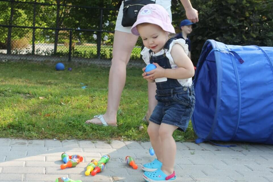 outdoor activity with toddler at daycare centre bloor