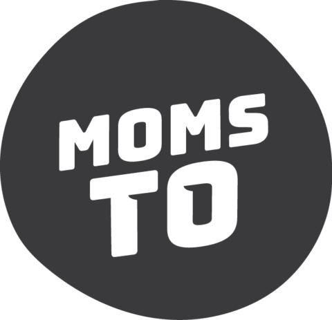 moms TO logo